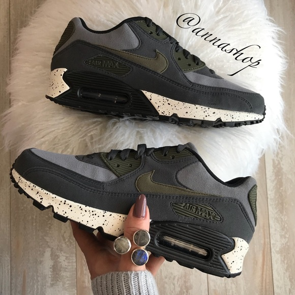 official photos 3c506 e39cc NWT Nike ID Air Max 90 Custom Oreo